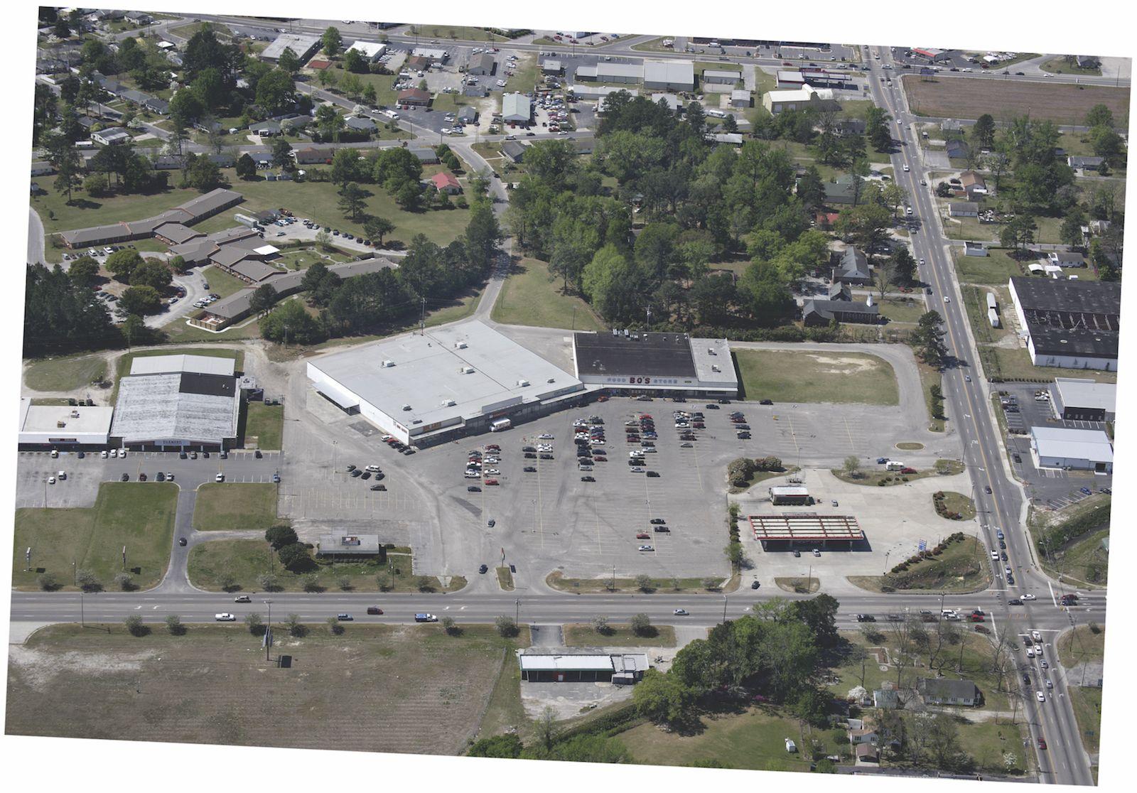 Big Lots Plaza – Unit 1