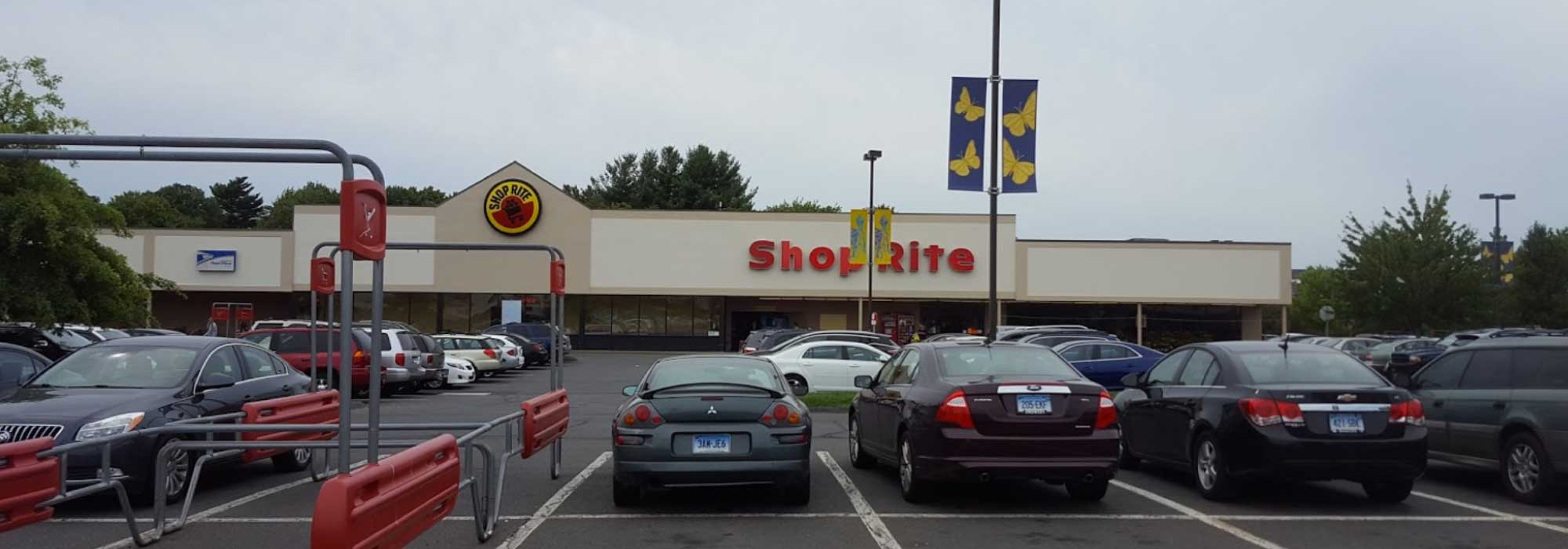 Bristol, Connecticut – Shop Rite Plaza